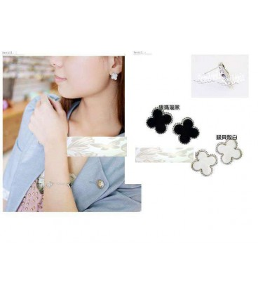 Acrylic Clover Earrings (Choose Color)2050091)
